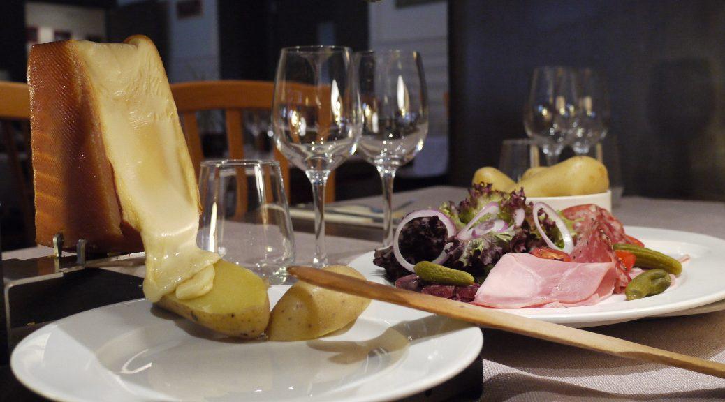 specialités savoyardes raclette